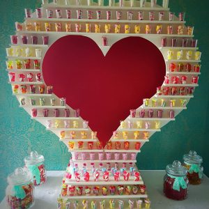 Sweet Heart Stand