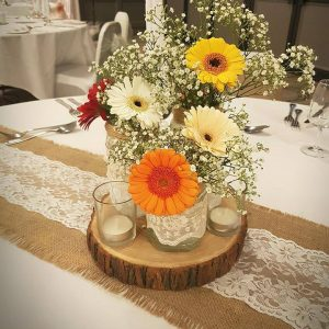 Hessian and Lace Table Runners